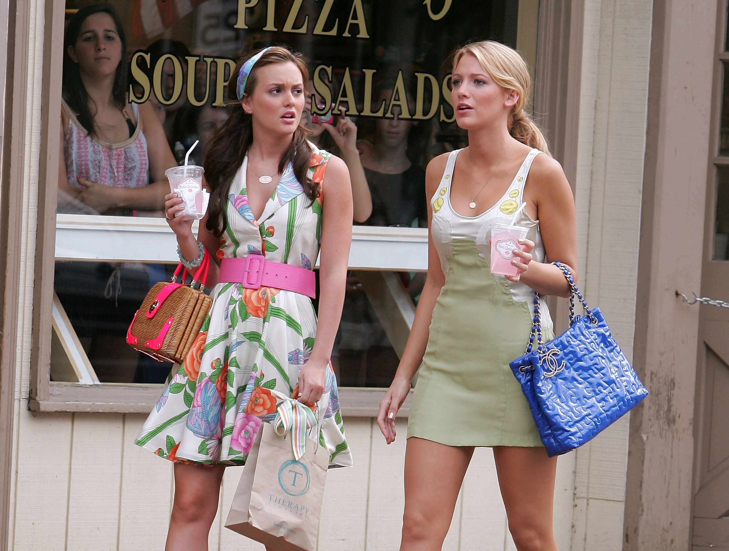 c62397d50 Some of the Best Gossip Girl Fashion Moments – 1000MonkeysOnline